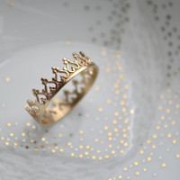 14K gold There is no queen without a crown ring