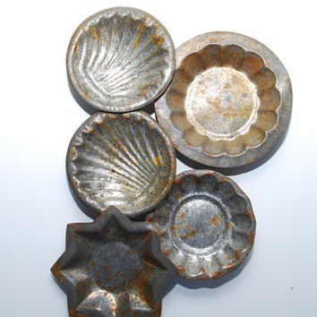 Lot of Five Vintage  Rusty Tin Molds Shabby Primitive Decor