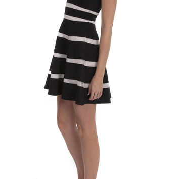 Ya Dress Contrast Stripes – Famous Style by Stalhi Boutique