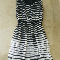Hypnotizing Indie Lines Dress [2650] - $36.00 : Vintage Inspired Clothing & Affordable Summer Dresses, deloom | Modern. Vintage. Crafted.