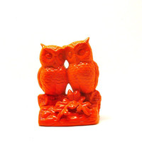 owl figurine, neon orange  //  upcycled, vintage ceramics, summer trends, owls, kitsch, bird figurines, 70s, mod, bright housewares, nature