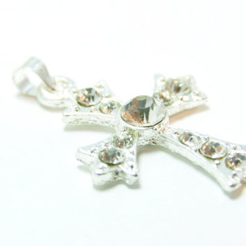 1 Piece Silver Rhinestoned Cross Pendant, Matte Silver Jewelry, Jewelry Findings, Crossl Charm