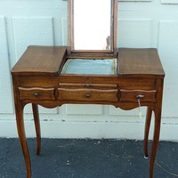 19th century - French walnut coiffeuse or vanity