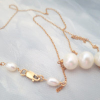 Freshwater Pearl Gold Necklace / 14K Gold Fill Chain / Wedding Necklace / Simplicity / Bridesmaids Gift Jewelry