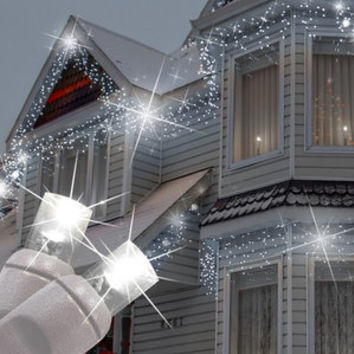Walmart Queens of Christmas 70 Light LED Icicle Light