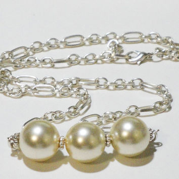 Cream Ivory Glass Pearl Necklace,  Pearl Silver Chainmaille Necklace, Bridal, Anniversary, Birthday Gift Under 30