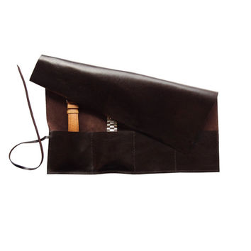 brown leather case for storage of watches, handmade out of high quality italian leather