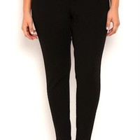 Plus Size Quilted Leggings with Elastic Waist and Zipper Pockets