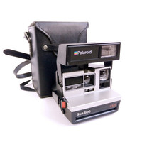 Vintage Polaroid Sun 600 Series Land Camera With Black Case