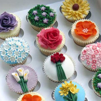 Beautiful Flower Garden Cupcake Assortment   The Cupcake Blog
