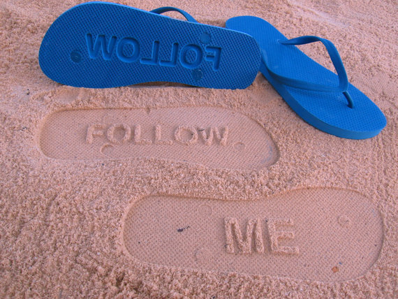 FOLLOW ME - Sand Imprint Flip Flops