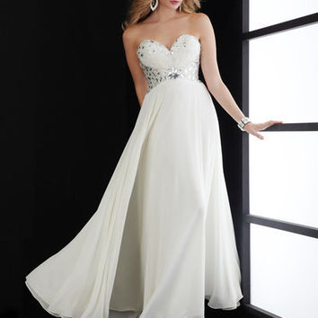 Jasz Couture 4550 Dress