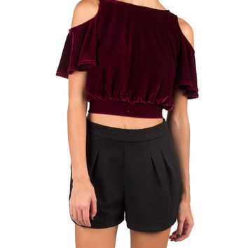 COLD SHOULDER VELVET CROP TOP - WINE