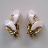 white and gold tone leaf detail clip-on earrings - fashionable sophisticated ivory-color plastic double leaves w/ shiny vein accent