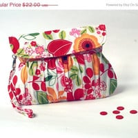 ON SALE Colorful Summer Purse - Floral Clutch / Wristlet Purse
