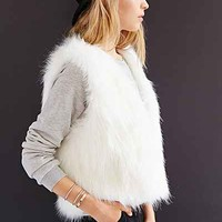 Kimchi Blue Faux-Fur Bunny Vest - Urban Outfitters