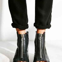 Kobe Husk Glisser Zip Ankle Boot - Urban Outfitters