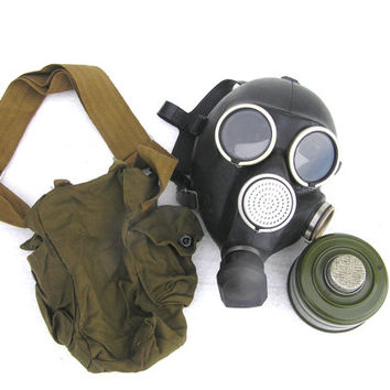 Gas mask Halloween soviet steampunk military carnival collectibles Russian GP7 spooky scary goth…