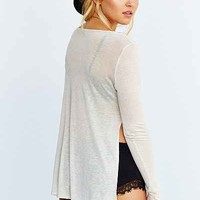 BDG Side-Slit Long-Sleeve Tee - Urban Outfitters