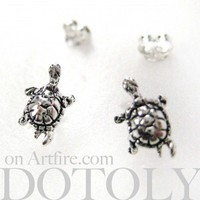 Sterling Silver - Turtle Animal Stud Earrings in Silver