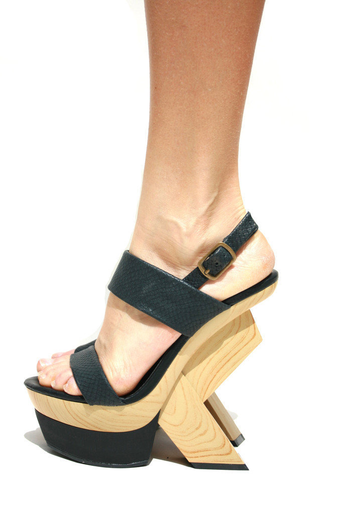 Open Toe Wooden Geometric Platform with Black Straps