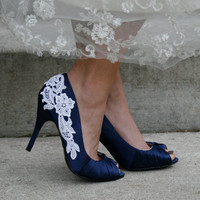 Navy Blue Bridal Shoes With Venise Lace Applique. Size 8