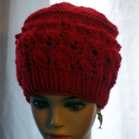 Knit Womans Hat Beanie Red