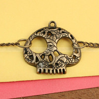 Skull Bracelet- vintage skull charm bracelet