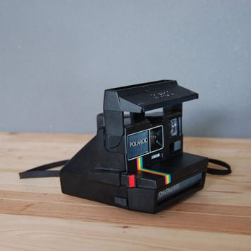 Vintage Polaroid Camera / Polaroid 600 Land / Instant Camera