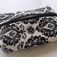 Make-up bag, cosmetic bag, Damask print make-up bag, Black and White
