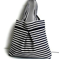Black and White Stripe-Double Straps-Large