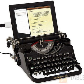 Blast From the Past – USB Typewriter From UncommonGoods