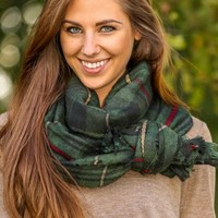 A Bit Chilly Plaid Scarf-Hunter Green