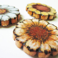 Flower Magnets - Wood - Pyrography - Pastel Blue - Yellow - White