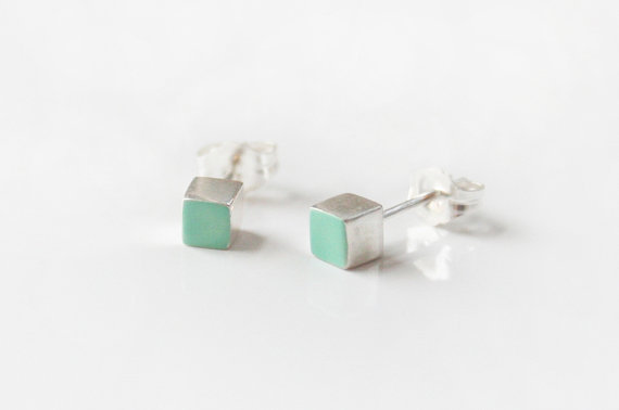 Mint Sterling Silver cube stud earring