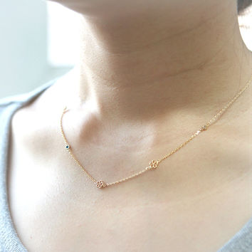 Blossom Necklace in gold