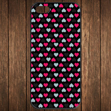 Cute iPhone 5 Case - Heart Pattern V2