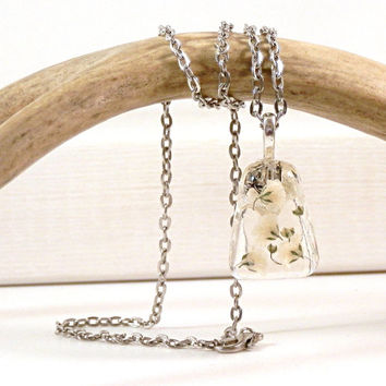 Resin Pendant Necklace Real Baby's Breath - Baby's Breath Pendant - Baby's Breath Resin  - Real Flower Pendant - White Pendant - Natural