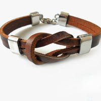 Jewelry bangle buckle bracelet leather bracelet men bracelet made boys bracelet of brown leather and metal cuff bracelet   SH-1195