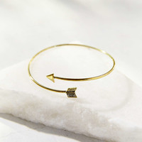 Delicate Arrow Armband-