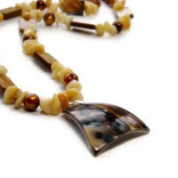 Summer Shell Necklace, Tiger Shell Pendant, Freshwater Pearls, Honey Gold, Yellow, Bronze, Brown, Neutral