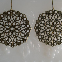 Lace filigree earrings- Bronze earrings- Antique bronze filigree earrings- Filigree- Feminine- Romance- Spring fashion