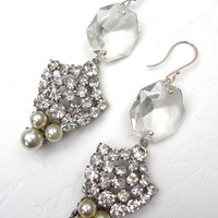 The Rhinestone Pearl Drop Earring