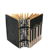 Paula Abdul&#x27;s Little Coptic Journal in Piano Black