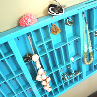 Bright Teal Jewelry Holder