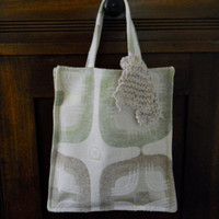 Jen tote bag with knitted tie