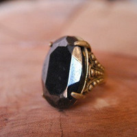 Grand Oval Ring | Old Hollywood