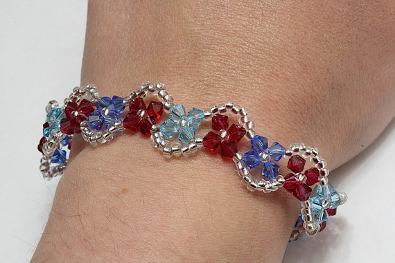 Crystal flower bracelet