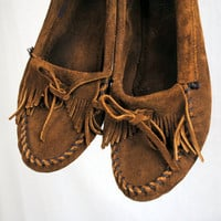 Vintage Minnetonka Mocs Fringe Leather Moccasins Shoes Loafers - Size 8 1/2