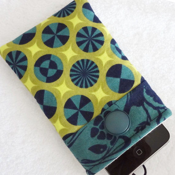 iPhone case, iPhone cover, iPhone sleeve, iPhone cozy, iPod cover, iPhone pouch, Padded Camera Cell Gadget Geek Navy Green Lime - Étui